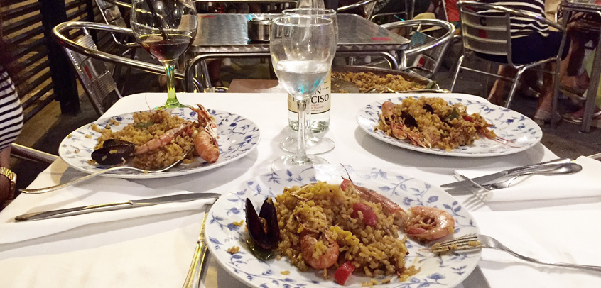 manger a barcelone-meilleure-paella-barcelone-copines