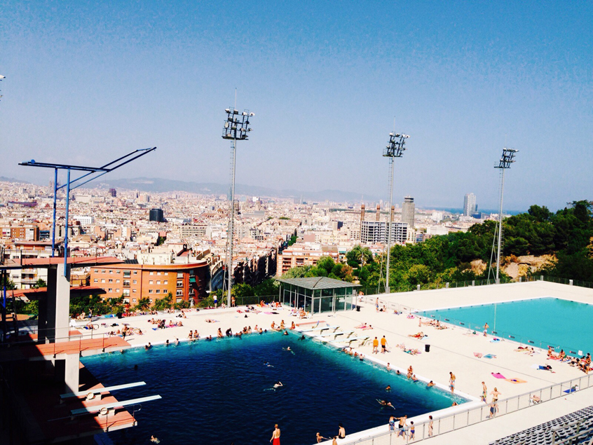 rooftop-barcelone-montjuic-piscine