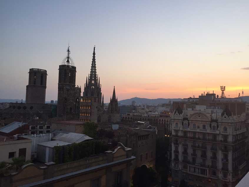terrasse-rooftop-barcelone-h10-montcada