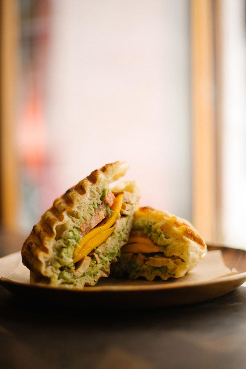 montreal-sandwich-credit-olive-et-gourmando
