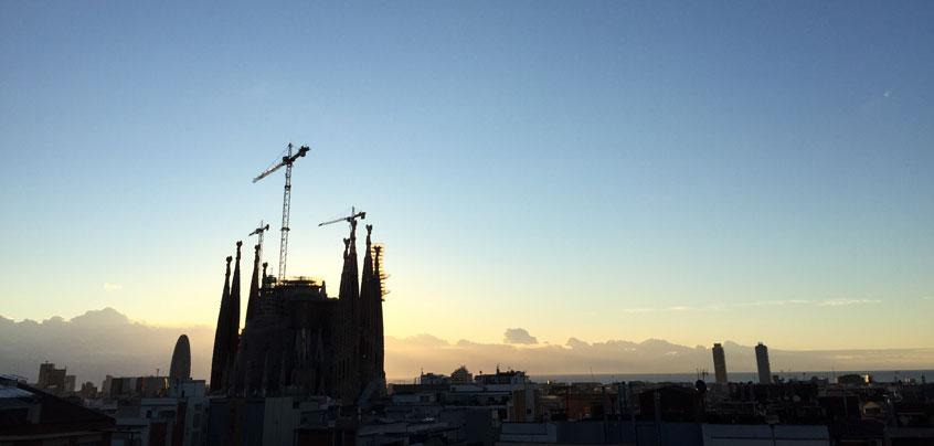 vidéo des copines à Barcelone Sagrada Familia