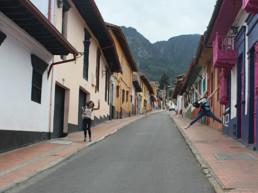 Visiter Bogota Hey Les Copines Cover