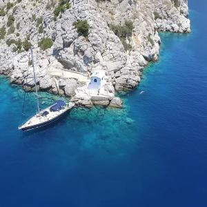 christal-sailing-copines-grece-voilier