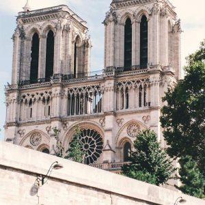 Paris entre Copines Rue des rosiers
